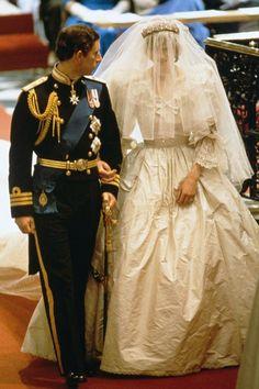 #royalwedding of Princess Diana & Prince Charles http://www.weddingchicks.com/royal-wedding-dresses/