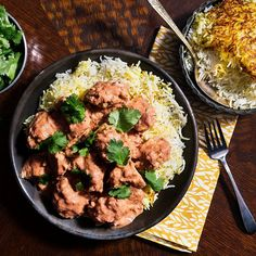 Skip the Indian takeout and make this slow cooker stewed chicken with tomatoes and garam masala in the comfort of your own home.