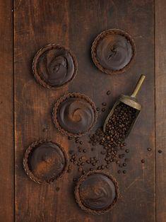 Recept på chokladtryffelpaj med smak av espresso av systrar... | Mocha, Espresso, Food To Make, Dessert, Sweet, Blog, Cookies, Cake, Recipes