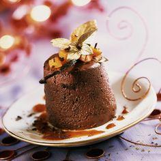 Découvrez la recette de la marquise au chocolat et son coulis d'abricot