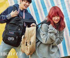 Weki Meki - Yoojung w/ Eunwoo (ASTRO) Fandom Kpop, Cha Eun Woo Astro, Choi Yoojung, Eunwoo Astro, Kpop Couples, Sanha, K Idol, Couple Posing, North Face Backpack