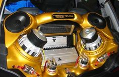 Guide to Car Audio Systems   Read More:  http://akinsford.com/custom/Guide-To-Car-Audio-Systems