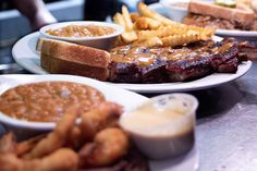 Sweet, spice, and everything nice, these Lowcountry barbecue joints are sure to hit the spot for the wisest of connoisseurs, and even the pickiest of guests. Put your bibs on and keep the wet naps handy. Visit Savannah, Savannah Chat, Low Country, Chicken Wings, Barbecue, Sausage, Spices, Magazine, Sweet