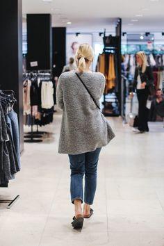 tifmys – Cartoqn cardigan, Envii jeans & Birkenstock Arizona sandals.