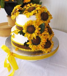 Sunflower Cake, all handmade and edible sunflowers