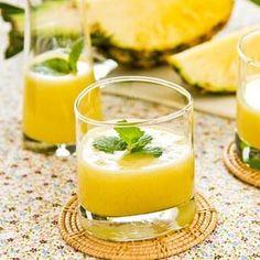 Gesunder Ananasshake zum Abnehmen, Ananas beschleunigen die Fettverbrennung. www.ihr-wellness-magazin.de