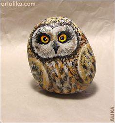 painted rocks - birds - an owl
