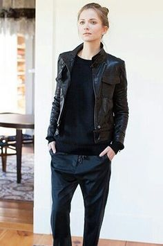 Office Looks: Black Trousers Styles For Ladies 2020 Tomboy Fashion, Look Fashion, Winter Fashion, Womens Fashion, Androgynous Fashion Women, Fashion Fashion, Fashion Tips, Fashion Design, Komplette Outfits