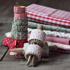 A quick and easy way to make your own fabric tape!