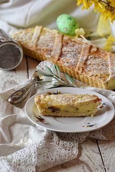 Tra i dolci pasquali più diffusi c'è sicuramente la crostata di ricotta, semplice gustosa e avvolgente.   Penso che ognuno abbia la pr...