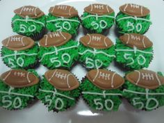 These cupcakes can be made for a football party Football Cupcake Cakes, Super Bowl Activities, Football Themes, Football Team, Cheer Gifts, Football Birthday, Holiday Snacks, Birthday Cupcakes, Let Them Eat Cake