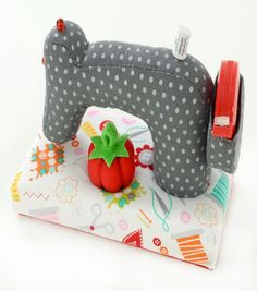 Pincushion-Sewing Machine