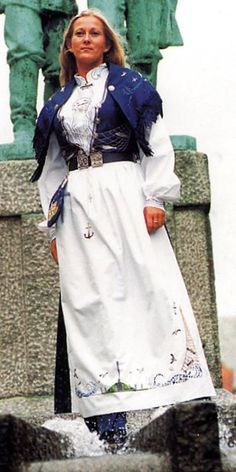 FolkCostume&Embroidery: Overview of Norwegian Costumes part the West Folk Costume, Costumes, Norway, Embroidery, 7 Continents, Skirts, Evolution, Clothes, Scandinavian