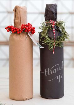 Dress Up Your Wine Gifts with These Creative DIY Gift-Wrapping Ideas - The kraft paper is a more eco-friendly option. Christmas Wine, Christmas Crafts, Christmas Decorations, Christmas Holidays, Christmas Carol, Wine Bottle Gift, Wine Gifts, Wine Bottle Wrapping, Creative Gift Wrapping