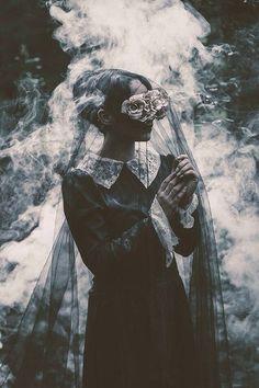 Dark Beauty Photography by Fabio Interra. Dark Photography, Portrait Photography, Creepy Photography, Horror Photography, Beauty Photography, American Horror Story Coven, Foto Fashion, High Fashion, Arte Obscura