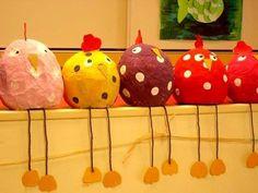 cocottes /papier mâché sur ballon de baudruche