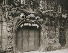 Le Cabaret de L'Enfer: Turn of the century Paris nightclub modeled after Hell   Dangerous Minds