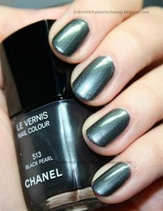 Chanel - Black Pearl