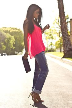 loose hot pink tank top, cropped boyfriend jeans and heels