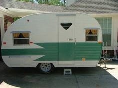 1961 Mobile Scout Travel Trailer | Canned Ham - Vintage Camper - Caravan <O>