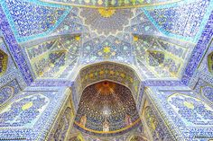 The best ceilings of churches, mosques, temples, and castles, like the Sistine Chapel in Vatican City and the Blue Mosque in Istanbul. Islamic Architecture, Amazing Architecture, History Of Ceramics, Temple Of Heaven, Islamic Patterns, Sistine Chapel, Dream Book, Islamic Art, Beautiful World