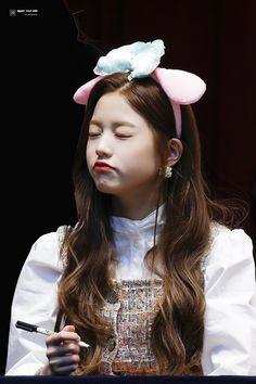 Cute Korean Girl, Asian Girl, Kpop Girl Groups, Kpop Girls, Jang Wooyoung, Woo Young, Japanese Girl Group, Kim Min, Ulzzang Girl