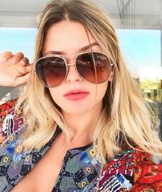 Mais um lançamento #Chloe ❤️ O 'Nola' é perfeito para os amantes de #óculos grandes  @maridalla   Encontre esse e outros modelos Chloé em: https://www.envyotica.com.br/grifes/chloe.html  #envyotica #chloenola #chloegirls