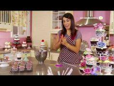 Especial Cupcakes con Alma Obregón; excelentes y prácticas recetas para cupcakes, muy variadas además.