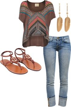 summer fit!! Loose cropped top, rolled up skinnies & sandals