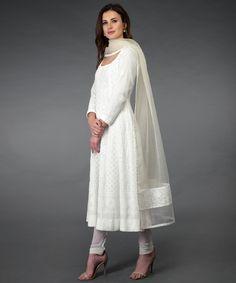 Pure Georgette Handwork Chikankari Off-White Anarkali Suit Indian Gowns, Indian Attire, Pakistani Dress Design, Pakistani Outfits, White Anarkali, Simple Anarkali Suits, White Salwar Suit, White Churidar, White Kurta