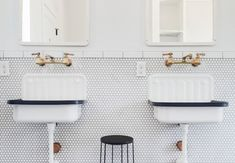 Remodeling 101: In Praise of Wall-Mounted Faucets - Remodelista
