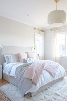 25 Cozy Bedroom Decor Ideas that Add Style & Flair to Your Home - The Trending House Dream Bedroom, Home Decor Bedroom, Girls Bedroom, Master Bedroom, Bedroom Ideas, Bedroom Furniture, Master Suite, Bedroom Wardrobe, Single Bedroom