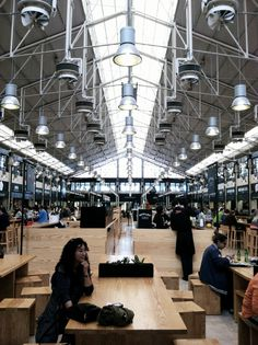Follow This Itinerary For Your Perfect Day In Lisbon - via Jetset Times 18.06.2015 #portugal #travel #tips Photo: Lisbon mercado da ribeira 1
