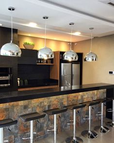 Interior Living Room Design Trends for 2019 - Interior Design Kitchen Interior, Kitchen Decor, Kitchen Design, Sweet Home, Small Space Interior Design, Black Kitchens, Ceiling Design, Home And Living, Decoration