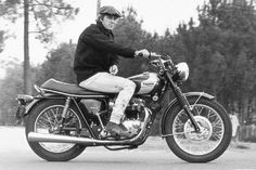 The king of cool and his legendary Triumph.