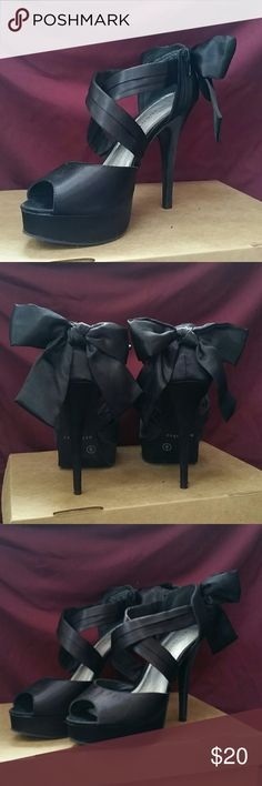 NWOT Metaphor Satin Strappy Lace Bow Back Heels These sexy satin bow backs have only been tried on and never worn! No box but new condition. The heel is 4 1/2 with a bit of a platform in the front. Great fall to winter heel! Great for occasions! Metaphor Shoes Heels