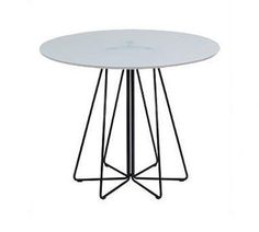 Knoll Paperclip Medium Round Cafe Table at Remodelista