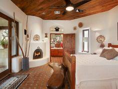 Bedroom Kiva, tiled floors