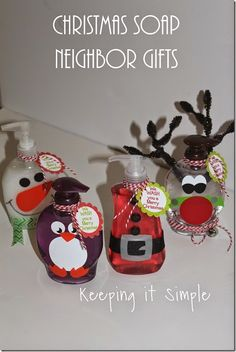 Neighbor Gift Idea- Christmas Soap with free printable.  These soaps make the best neighbor, friend or teacher get.  They are super cute, easy and practical! #neighborgifts @keepingitsimple