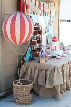 Vintage Circus Birthday Party Ideas Photo 16 of 22 Catch My Party Vintage Circus Party, Circus Carnival Party, Circus Theme Party, Carnival Birthday Parties, Birthday Party Themes, Circus Wedding, Carnival Costumes, Vintage Carnival, Birthday Ideas