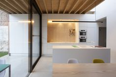 House V.L in Grimbergen: Extension of an existing linked house (Belgium)