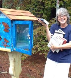 Amanda Kyle Williams put up a Little Free Library in her neighborhood