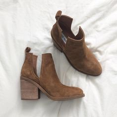 Steve Madden Sharini Cut Out Booties size 9 Sock Shoes, Cute Shoes, Me Too Shoes, Roger Vivier, Bootie Boots, Shoe Boots, Fall Booties, Ankle Boots, Shoe Closet