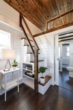 ideas for tiny house loft stairs interiors Tiny House Loft, Tiny House Stairs, Loft Stairs, Best Tiny House, Modern Tiny House, Tiny House Living, Tiny House Plans, Tiny House Design, House Wall