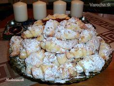 Trdelníkové svadobné rohlíčky (fotorecept) - My site Slovak Recipes, Czech Recipes, Ethnic Recipes, Slovakian Food, Biscuit Cookies, Food Platters, Food 52, Sweet Desserts, Cupcake Cakes