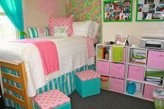 Organize a small space! Perfect for a dorm. #organize
