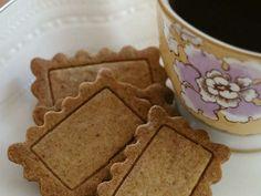 素朴なシナモンバタークッキーの画像