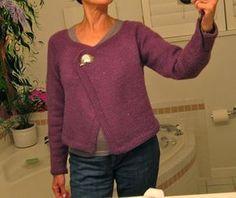 mini cardigan - spiegazioni in italiano - la maglia di marica Crochet Jacket, Crochet Cardigan, Love Crochet, Knit Crochet, Knitting For Kids, Knitting Ideas, Lana, Knitwear, Pullover
