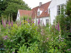 Malergården, Plejerup, Odsherred, Denmark. Peter Krog.