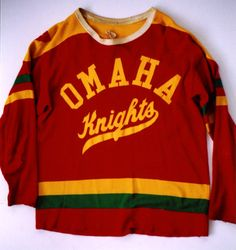 Love the tinge of green and just classic overall. Hockey Sweater, Hockey Shirts, Hockey Stuff, Sports Logo, Knights, Nhl, Overalls, Play, Logos